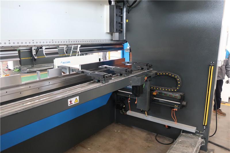 BGA-4 para X y R-Axis CNC Backgauge