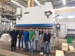 Los clientes de Brasil visitan fábricas y compran máquinas de prensado
