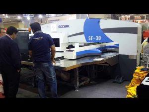 Máquina de alta calidad de la prensa de punteo de torreta hidráulica servo cnc