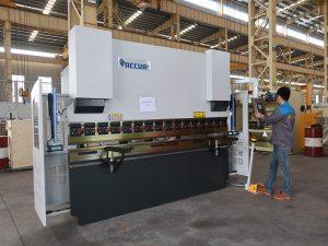 pequeña máquina portátil de alta calidad del CNC de 30 toneladas, pequeño instock del freno de la prensa