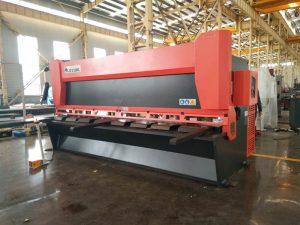 máquina de corte de guillotina hidráulica de precisión